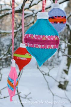 Hamburger Liebe: Last Minute Christbaumgebimmsel Christmas Time, Christmas Crafts, Christmas Decorations, Christmas Ornaments, Holiday Decor, Last Minute, Textiles, Joy To The World, Xmas Gifts