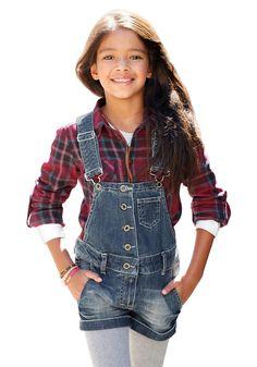 Produkttyp , Jeanslatzhose, |Qualitätshinweise , Hautfreundlich Schadstoffgeprüft, |Materialzusammensetzung , Obermaterial: 98% Baumwolle, 2% Elasthan, |Material , Jeans, |Farbe , dark denim, |Passform , Schmale Form, |Beinform , gerade, |Beinlänge , kurz, |Leibhöhe , etwas niedriger, |Bund + Verschluss , Knopfverschluss, |Taschenanzahl , 4, |Vorder- und Seitentaschen , Eingriffstaschen rund, |...