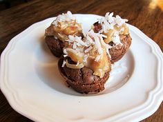 German Chocolate Brownie Bites.....could these be any easier?  Use your favorite brownie recipe or box mix....bake in mini-muffin pans and frost with German Chocolate frosting...