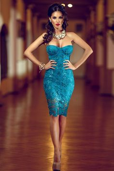 Turquoise lace dress it looks so stunning for sure! Elegant Dresses, Pretty Dresses, Sexy Dresses, Beautiful Dresses, Short Dresses, Long Gowns, Beautiful Women, Dresses 2016, Beautiful Body
