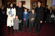 dave gilmore and wife polly | Musician DAVID GILMOUR, his wife POLLY SAMPSON and their children ...