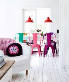 colorful interiors, white walls and floor, colorful furniture, design, interior design Decor, Colorful Furniture, House Styles, House Design, Sweet Home, Interior, House Colors, House Interior, Home Deco