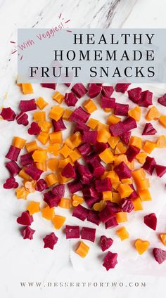 Healthy Homemade Fruit Snacks (with veggies!) | Dessert for Two | I hope you and your little loves these healthy homemade fruit snacks with veggies! #kids #toddler #fruitsnacks Veggie Snacks, Fruit Snacks, Easy Snacks, Kid Snacks, Whole Wheat Bagel, Grass Fed Gelatin, Low Fat Chocolate, Healthy School Snacks, Dessert For Two