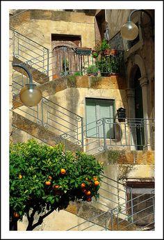 scalinata di Piazza Margherita - Leonforte, Enna
