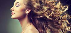 Haargroei versnellen? Op deze site vind je tips om je haar met een beetje moeite tot 3 cm per maand langer kan worden: http://mens-en-gezondheid.infonu.nl/beauty/22854-haargroei-versnellen-doe-je-haar-sneller-groeien.html