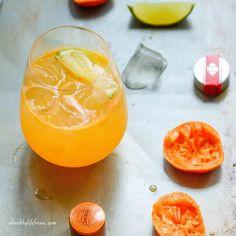 Mandarin Vodka Spritzer ⅓ cup of freshly squeezed mandarin juice (about 4 mandarins) 2 ounces vodka ½ ounce of Cointreau or an orange liquor ½ ounce fresh squeezed . Orange Vodka, Cranberry Vodka, Orange Juice, Crystal Head Vodka, Vodka Cocktails, Summer Cocktails, Popular Cocktails, Vodka Recipes, Cocktails