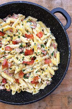 Tészták Archives - Page 2 of 8 - GastroHobbi Vegetarian Recipes, Cooking Recipes, Healthy Recipes, Vegan Chicken Nuggets, Smoothie Fruit, Breakfast Recipes, Dinner Recipes, Cream Pasta, Good Food
