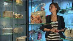 Ukoliko nekom prilikom već niste posetili Muzej tašni u Amsterdamu, zavirite u njega putem ovog promo videa. Želimo vam lep vikend! :) Source: tassenmuseum.nl  #tašnice #bags #MuseumOfBagsAndPursesAmsterdam #MuzejPrimenjeneUmetnosti #muzejirade