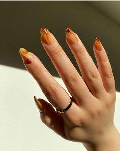 Nail Art Designs, Classy Nail Designs, Beautiful Nail Designs, Funky Nails, Trendy Nails, Cute Nails, Brown Nail Polish, Brown Nails, Minimalist Nails