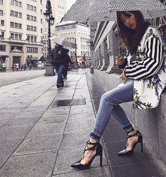 Rainny day    #ootd  #loewe  #highheels  from @Mia_Sir's closet