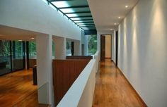Modern #corridor #designs with beautiful smooth wall furnish Visit http://www.suomenlvis.fi/