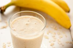 Nutribullet Recipes can resorting to diet and healthy food are among the ways.That people find well effective in staying fit especially with Nutribullet Recipes. Banana Oat Smoothie, Yogurt Smoothies, Banana Oats, Nutribullet Recipes, Smoothie Recipes, Cooking Recipes, Healthy Recipes, C'est Bon, Food And Drink