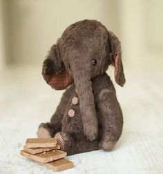 Elephant Choco 24 cm by Guzel Kostyna bears