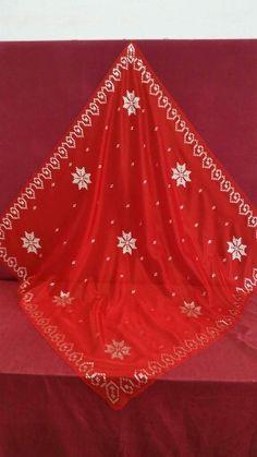 Tel kırma kına örtüsü Tree Skirts, Handicraft, Elsa, Christmas Tree, Holiday Decor, Google, Amigurumi, Craft, Teal Christmas Tree