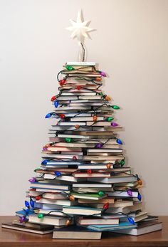 Very Merry Vintage Syle: How to Make a Christmas Tree with Books