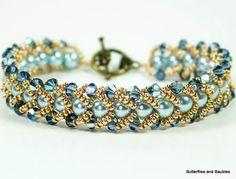 Diy Bracelet Designs, Beaded Bracelets Tutorial, Beaded Bracelet Patterns, Beaded Necklace, Bead Patterns, Weaving Patterns, Embroidery Patterns, Mosaic Patterns, Knitting Patterns