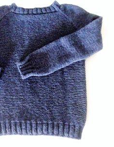 Maglione donna in pura lana vergine e alpaca blu fatto a mano