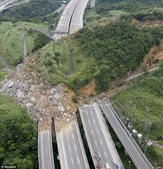 """The mechanism of the Highway 3 landslide in Taiwan - The Landslide Blog - AGU Blogosphere """"The hill had a dip slop [sic – should be slope] on the side nearest the motorway. The other side of dip slopes are steep and irregular, while the slope itself makes it easier for rocks to slide down, experts said. The Ministry of Transportation said it as [sic] investigating up to 20 similar dip slopes near major roads in Taiwan."""" #ScienzeGeologichePage"""