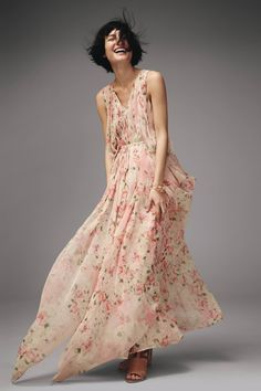 Shop the Sakura Maxi Dress and more Anthropologie at Anthropologie today. Read customer reviews, discover product details and more.