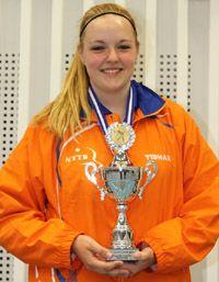 Angelique Gertenbach behaalt een grootse 1e plaats bij het Internationale 6-landen kadetten kampioenschap, zomer 2013.