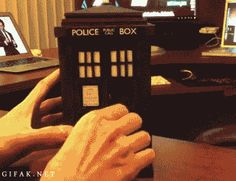 Bring the TARDIS to life with this 3D TARDIS model and a special app for your phone! This is beyond EPIC!