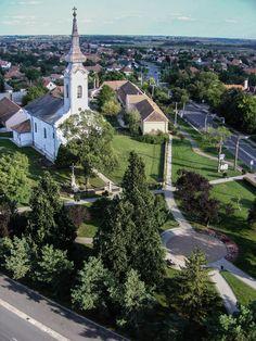 Városközpont a Szent Anna katolikus templommal / City Centre with Saint Anne Catholic church