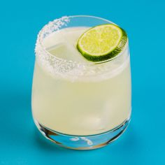 This variation of the classic margarita is the perfect Cinco de Mayo cocktail. Make this tequila cocktail all spring and summer long. Jalapeno Margarita, Margarita Recipes, Drinks Alcohol Recipes, Cocktail Recipes, Alcoholic Drinks, Drink Recipes, Strawberry Banana Milkshake, Types Of Cocktails, Margarita Cocktail