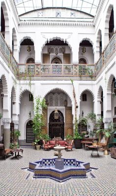 This reminds me of the hotel where we had lunch in Morocco.