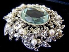 brooch fashion brooch..SPECTACULAR