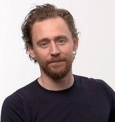 Twitter Tom Hiddleston 2017, Best Villains, British Boys, Thomas William Hiddleston, Love Me Forever, Always Smile, Guy Names, Dream Guy, Hot Actresses