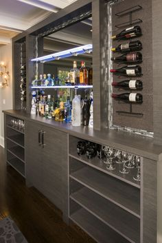 Best ideas for kitchen bar, minibar, and basement bar A home bar is one of the most fun places in th Mini Bar At Home, Diy Home Bar, Modern Home Bar, Home Bar Decor, Bars For Home, Basement Bar Designs, Home Bar Designs, Bar For Basement, Bar Lounge