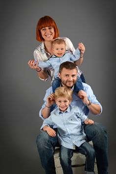 Photographe famille Lyon - Portraits enfants avec papa et maman - Family Photography - Studio Photo Gil