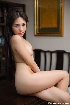 Chinese girls naked legs
