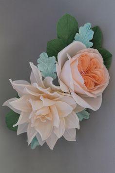 Un preferito personale dal mio negozio Etsy https://www.etsy.com/it/listing/494179116/floral-comb-unique-handmade-silkflowers