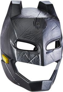 Celebrate the new Batman v Superman: Dawn of Justice movie and The Greatest Super Hero Battle of All Time with this true to movie deluxe Batman Voice-Changer Helmet! Batman Vs Superman, Superman Dawn Of Justice, The New Batman, Batman Mask, Batman The Dark Knight, The Dark Knight Rises, Figurine Star Wars, Batman Begins, Shopping