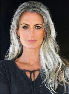 Grey Hair Old, Grey Hair Over 50, Long Gray Hair, Silver Grey Hair, Grey Wig, African American Women Hairstyles, Older Women Hairstyles, Wig Hairstyles, Hairstyles 2018