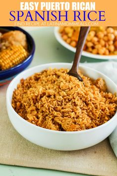 Simple Puerto Rican Rice Recipe Back to basics! This easy Puerto Rican rice recipe will teach you how to make fluffy and flavorful rice with no extra add-ins required! Puerto Rican Recipes Rice, Mexican Food Recipes, Ethnic Recipes, Mexican Dishes, Yellow Rice Recipes, Rice Recipes For Dinner, Rice With Beans, Sofrito Recipe, Spanish Rice Recipe
