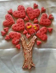 Tree of Love Valentines Day Cookies, Valentines Day Treats, Be My Valentine, Valentine Ideas, Tree Cookies, Gingerbread Cookies, Sugar Cookies, Heart Cakes, Love Design