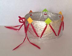 Christmas Bulbs, Diy, Activities, Holiday Decor, Note, Kings Crown, Real Simple, King Cakes, Christmas Light Bulbs