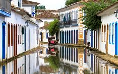 15 extraordinary reflected wonders ~ Atlas of Wonders Reflection Photography, Water Reflections, Brazil, United Kingdom, Cool Photos, Image, Portugal, Colors, Paraty