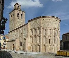 Romanesque Art, Romanesque Architecture, Spanish Architecture, Church Architecture, Monuments, Architecture Romane, Architecture Religieuse, Places In Spain, Concrete Building