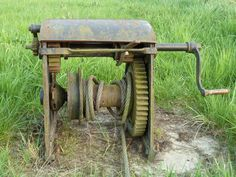 Old cable tensioning winch