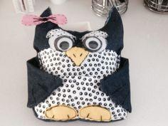 Storage owl for mum