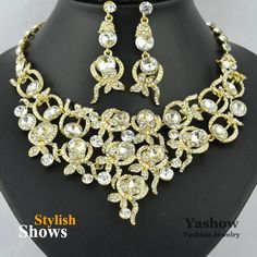 Aliexpress.com : Buy Crystal Necklace Bridal Necklace Wedding Accessories with 18K Gold Plated Crystal Necklace Set 6894Y from Reliable necklace suppliers on Yashow Jewelry Co.,Ltd( accept mixed orders ) $29.98