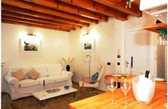 If it is romance you are looking for, then look no further than a cosy apartment in Salo, Lake Garda with traditional Italian décor coupled with terracotta floors and beamed ceilings. www.lemontreerentals.com/property/8325