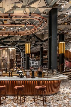 This Starbucks stores are almost better than the coffee itself. Beyond the spectacular locations of the US coffee shops. Design Shop, Café Design, Bar Interior Design, Coffee Shop Design, Design Trends, Design Ideas, Restaurant Design, Deco Restaurant, Restaurant Lounge