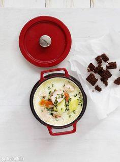 Kermainen lohikeitto | Kotivinkki #salmon #creamy #soup #salmonsoup #fish