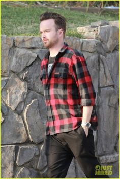 Aaron Paul steps out solo just before heading to watch some football on Sunday (January in West Hollywood, Calif. Seahawks Game, Aaron Paul, West Hollywood, Men Casual, Football, January, Sunday, Mens Tops, Watch