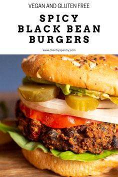 The perfect amount of spice with a great texture. These burgers are great for a barbecue! #veganburgers #blackbeanburgers #veganburger #veganbarbecue #veganbbq Vegan Barbecue, Black Bean Burgers, Vegan Lunch Recipes, Vegan Burgers, Main Meals, Black Beans, Hamburger, Spicy, Gluten Free