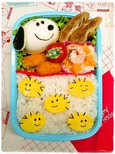 Twitter from @namimocchi ウッドストックいっぱいのお弁当 #obentoart #kyaraben #snoopy